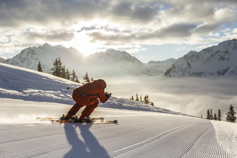 Skifahren - Walmendingerhorn _Oliver Farys (6) (c) Oliver Farys - Kleinwalsertal Tourismus eGen _ Fotograf_ Oliver Farys